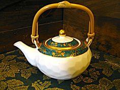 Hankook Fine Bone China Teapot