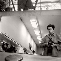 Top 20 Self Portraits by Vivian Maier   MONOVISIONS