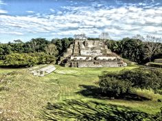 Altun Ha, the ruins that have inspired Belikin beer labels and Belizean banknotes, stands 34 miles north of central Belize City, off the Old Northern Hwy.  Read more: http://www.lonelyplanet.com/belize/old-northern-highway/sights/historic-sites/altun-ha#ixzz2lLUfCl9q