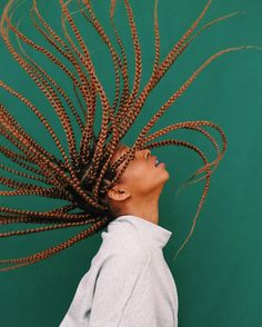 Health Hair Care Advice To Help You With Your Hair. Do you feel like you have had way too many days where your hair goes bad? Black Girl Braids, Braids For Black Hair, Hair Photography, Portrait Photography, Curly Hair Styles, Natural Hair Styles, Photoshoot Themes, Pelo Natural, Foto Pose