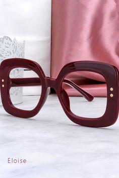 #Jennifer#zeelool#hot glasses Glasses Frames Trendy, Funky Glasses, New Glasses, How To Fix Glasses, Fat Girl Fashion, Prescription Glasses Frames, Retro Sunglasses, Reading Glasses, Fashion Forward