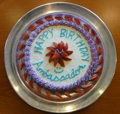 Birthday cake@Twitter / FinEmbTokyo: グスタフソン大使には内緒で、フィンランド大使館のシェ ...
