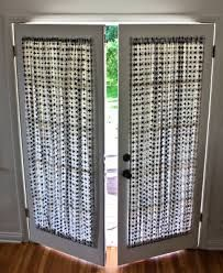 French doors are a bit of a curtain conundrum – if you use hanging curtains on a rod above they're always in the way when you want to go in and out, while off-the-rack French door panel… curtains DIY French Door Curtain Panel Tutorial French Door Curtain Panels, Door Panel Curtains, Patio Door Curtains, No Sew Curtains, Curtains With Blinds, Panel Doors, Windows And Doors, Hanging Curtains, French Curtains