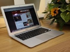 co nen mua macbook cu khong Macbook Air, Macbook Pro Retina, Laptop, Laptops