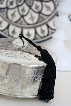 Engraved Silver with tassel morrocan kitchen Moroccan Theme, Moroccan Design, Moroccan Style, Moroccan Dishes, Marrakech, Ethno Design, Copper Work, Ethno Style, Moroccan Interiors