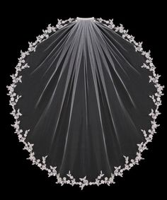 Flower Vine Fingertip Wedding Veil