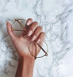 Having short nails is extremely practical. The problem is so many nail art and manicure designs that you'll find online Piercings, Lunette Style, Bijoux Design, Mode Outfits, Nails Inspiration, Girly Things, Hair And Nails, Women's Accessories, Nail Designs