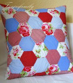 Tanjasfamily: neues Lieblingskissen... Pillow / Quilt
