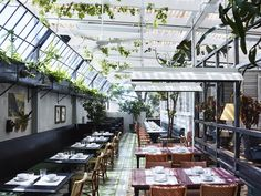 In a collaboration between Justin and Bettina Hemmes, Kelvin Ho of Akin Creative and stylist Amanda Talbot, the two-level hotel has been transformed into a modern day pub, with dining and drinks to match. Photographed by Anson Smart Cantonese Restaurant, Chinese Restaurant, Restaurant Design, Restaurant Concept, Fresco, Hong Kong Street Food, Sydney Restaurants, Local Pubs, Melbourne Cup