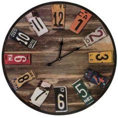 Horloge recyclé avec des plaques d'immatriculation. #deco #recyclage #voiture