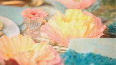 Comment bricoler des fleurs, à partir de filtres à café! - Bricolages - Des bricolages géniaux à réaliser avec vos enfants - Trucs et Bricolages - Fallait y penser !