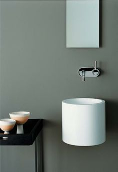 Unique sink and tap for a small bathroom