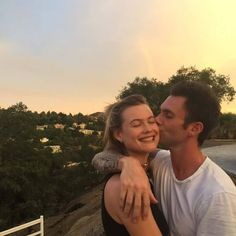 Shared by Frid. Find images and videos about love, couple and adam levine on We Heart It - the app to get lost in what you love. Maroon 5, Dusty Rose Levine, Adam Levine Behati Prinsloo, Adam And Behati, The Voice, Dear Future Husband, Strong Love, Victoria Secret Angels, Couples In Love