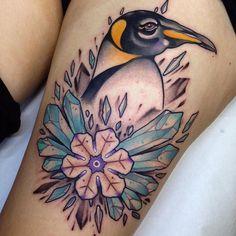 Mi-février @christian_dr sur réservations ! #mubodyarts #mustardcity #dijontattoo #tatouagedijon #tattoodijon #dijontatouage #tatouage #tattoo #dijon #tattooworkers #neotrad #neotradworkers #neotradsub #neotraditional #christiandr #neotraditionaltattoo #crystaltatto #iceflower #pinguin #tux #linux #modifiedunicorns #colortattoo #dijonville #igersdijon #comegetpainted