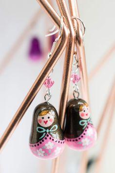 #dolls #earrings #jewellery #bijoux #spring #pink #pearl #brown #whiteflowers #love #etsy #handmade #dreamer #douceur #sweetness #instacute #instaday #printemps #chocolate
