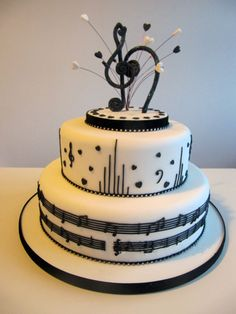 Cake Decorating – How To Make Your Icing Smooth And Even Music Birthday Cakes, Music Wedding Cakes, Music Themed Cakes, Music Cakes, Themed Wedding Cakes, Fondant Molds, Cake Mold, Bolo Musical, Music Note Cake