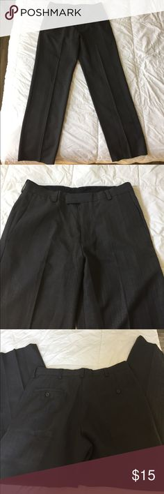 Kenneth Cole Reaction Men's Pant Kenneth Cole Reaction Men's Dress pants, size 33x32, 100% polyester, dark gray with a tiny pinstripe in it, barely worn, like new Kenneth Cole Reaction Pants Dress