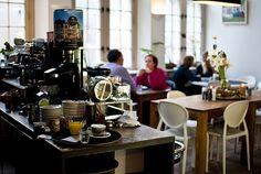 Hofje Zonder Zorgen: Lief lunchen, ook bijbehorende winkel is leuk - Haarlem