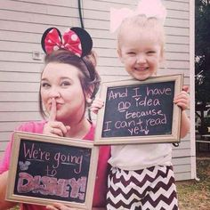 You've surprised your kids with a trip to Disneyland and been a little disappointed when they weren't quite as excited as you were. 21 Things Disney-Obsessed Parents Definitely Do Walt Disney, Disney Love, Disney Magic, Disney Stuff, Disney Cruise, Funny Disney, Disney 2017, Disney Family, Disney Nerd