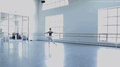 ballet gif. pointe.