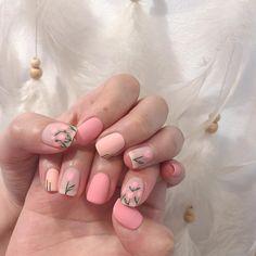 30 Cute Nail Art Design that are Perfect for Teen ❤nails! Cute Acrylic Nails, Cute Nails, Pretty Nails, Minimalist Nails, Beige Nails, Pink Nails, Nail Swag, Nail Art Mignon, Hair And Nails