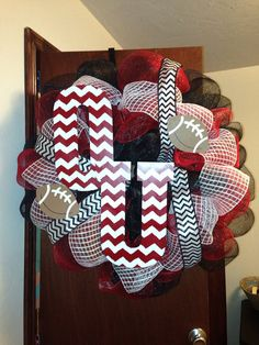 VERY large OU Chevron Wreath by WildWesternWreaths on Etsy