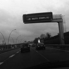 Charlie Hebdo : les messages émouvants des internautes français