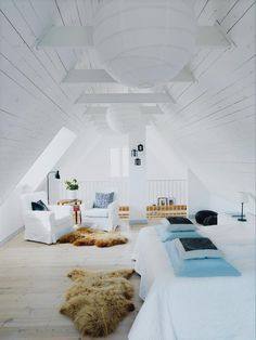 A summer house in Sweden. Photo by Peter Carlsson for Hus & Hem.