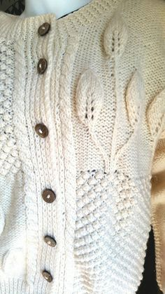 1e259f9406 17 Best Vintage Sweaters for Women images in 2019