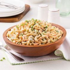 Salade de macaronis Best Macaroni Salad, Macaroni Recipes, Macaroni And Cheese, Macaroni Salads, Antipasto, Cooking Oatmeal, Ham Salad, Cold Meals, Salad Recipes