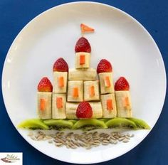 20 Easy Healthy and Edible Food Art for Kids Food Art For Kids, Cooking With Kids, Children Food, Easy Food Art, Fruit Art Kids, Cute Food Art, Creative Food Art, Creative Kids Snacks, Children Health