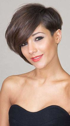 Short hair with an extreme asymmetrical edge to it.