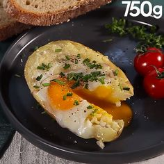 Potato stuffed with egg recipes recipeoftheday easy eat recipe eat food fashion diy decor dresses drinks I Love Food, Good Food, Yummy Food, Tasty, Egg Recipes, Cooking Recipes, Vegetarian Recipes, Healthy Recipes, Food Videos