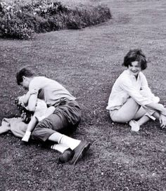 the Kennedys playing on the lawn vacationing at Hyannis Port in 1961