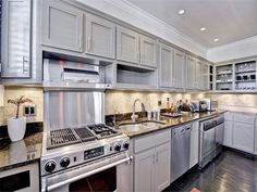 Condominium, Condominium for sales at Charming Renovated Top Floor Condo In Buckhead 20 Collier Road #18   Atlanta, Georgia 30309 United States