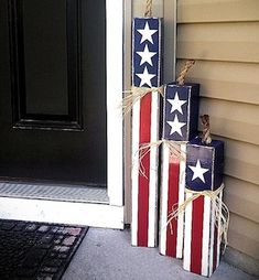 Cute for Fourth of July or even if you have an Americana home theme! Also will d… Cute for Fourth of July or even if you have an Americana home theme! Also will do the bottom part in a Chevron… Continue Reading → Fourth Of July Decor, 4th Of July Decorations, 4th Of July Party, Outdoor Decorations, Diy Decoration, 4th Of July Wreaths, Memorial Day Decorations, Memorial Day Wreaths, Outdoor Crafts
