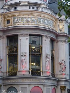 Au Printemps - Paris department store - Boulevard Hausmann - quartier de l'opéra. The Printemps stores focus on beauty, lifestyle, fashion, accessories, and men's wear.