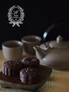 Chocolate Mooncake