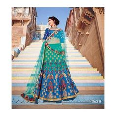 #banglewale #blueandgreen #lehenga #stylish #designer #desi #style #partywear #shoponline on international.banglewale.com