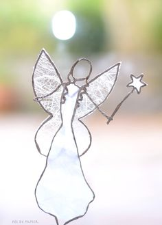 Paper Mache Crafts, Wire Crafts, Diy And Crafts, Christmas Angels, Christmas Crafts, Christmas Decorations, Xmas, Sculptures Sur Fil, Wire Ornaments