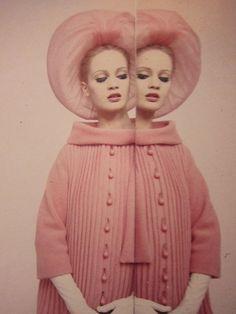Celia Hammond in a Pierre Cardin Ensemble, photo by Norman Parkinson, 1962 Foto Fashion, 1960s Fashion, Fashion Models, Pink Fashion, Models Style, Fashion Images, Fashion Vintage, Cheap Fashion, Pierre Cardin
