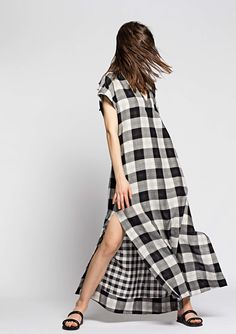 http://www.vogue.com/fashion-shows/resort-2017/osklen/slideshow/collection