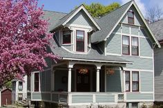 House Paint Colors - A Guide to Great Combinations: Roof Colors