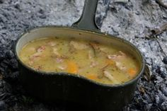 Dutch Oven, Cheeseburger Chowder, Thai Red Curry, Grilling, Ethnic Recipes, Food, Youtube, Food And Drinks, Iron Pan