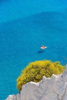 Just LOOK at that water! Lipari, Aeolian Island, Sicily(photo byGiuseppe Finocchiaro)