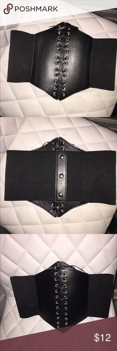 Fashion Nova Stretchy Black Corset Belt Fashion Nova Black Stretchy Corset Belt. Never worn, one size. Very flattering, shows off your waist. Fashion Nova Accessories Belts