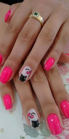 Give style to your fingernails with the help of nail art designs. Used by fashion-forward stars, these nail designs can add instantaneous style to your outfit. Spring Nail Art, Nail Designs Spring, Spring Nails, Nail Art Designs, Cat Nail Art, Cat Nails, Nail Deco, Nail Selection, Pretty Nails