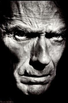 Clint Eastwood - Learn and teach you Black And White Portraits, Black White Photos, Black And White Photography, Low Key Portraits, Famous Portraits, Celebrity Photography, Celebrity Portraits, Clint Eastwood, Foto Portrait