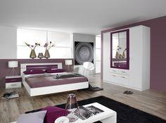 Cette magnifique chambre complète VENISE II allie à la perfection romantisme et naturel intemporel pour une atmosphère chaleureuse qui inspire...