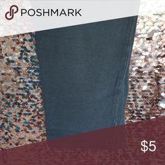 Selling this Grey Capri leggings on Poshmark! My username is: aprestonmua…